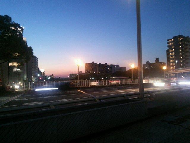 金山駅(夜)