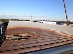 スクラップ工場の屋根補修